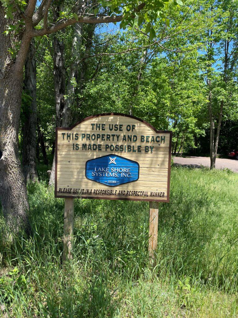 Lakeshore sign (2)