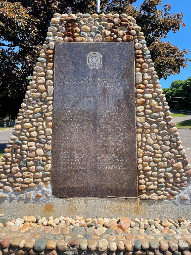 Veterans Fountain (2)